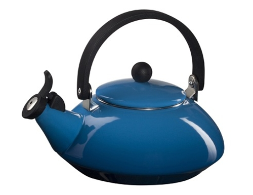 Le Creuset Zen Tea Kettle - Marseille