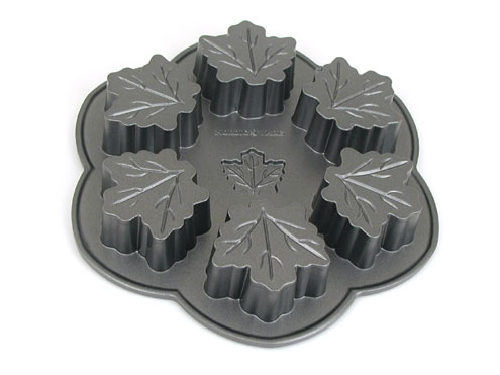 Maple Leaf Muffin Pan