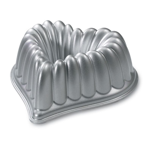 Elegant Heart Bundt Pan